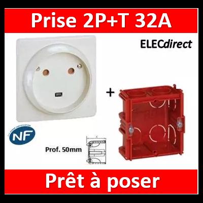 Legrand - Socle 32A - Plast - 2P+T - à VIS - éclips + boîte batibox - 055812 + 080185