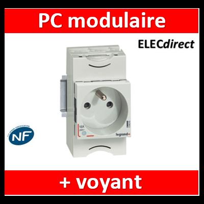Prise de courant modulaire 10A à 16A 250V~ - 2P+T à éclips et à voyant - 2,5 modules - 004283