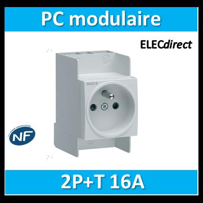 Hager - Prise modulaire 2P+T 16A - SNS216
