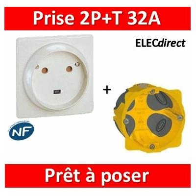 Legrand - Socle 32A - Plast - 2P+T - à VIS - éclips + boîte batibox BBC - 055812 + 080086