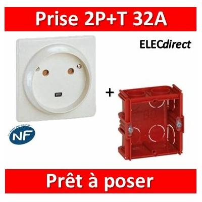 Legrand - Socle 32A - Plast - 2P+T - à VIS - éclips + boîte batibox - 055812 + 080184