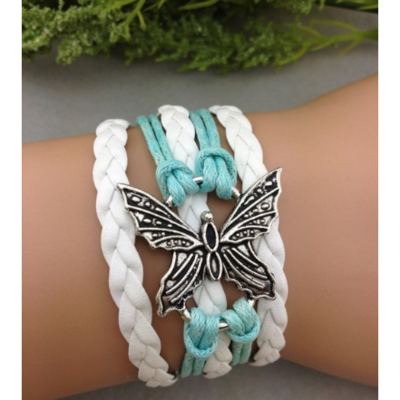 Bracelet et on papillon