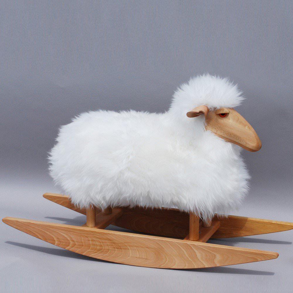 mouton bascule design hanns peter krafft enfants a. Black Bedroom Furniture Sets. Home Design Ideas
