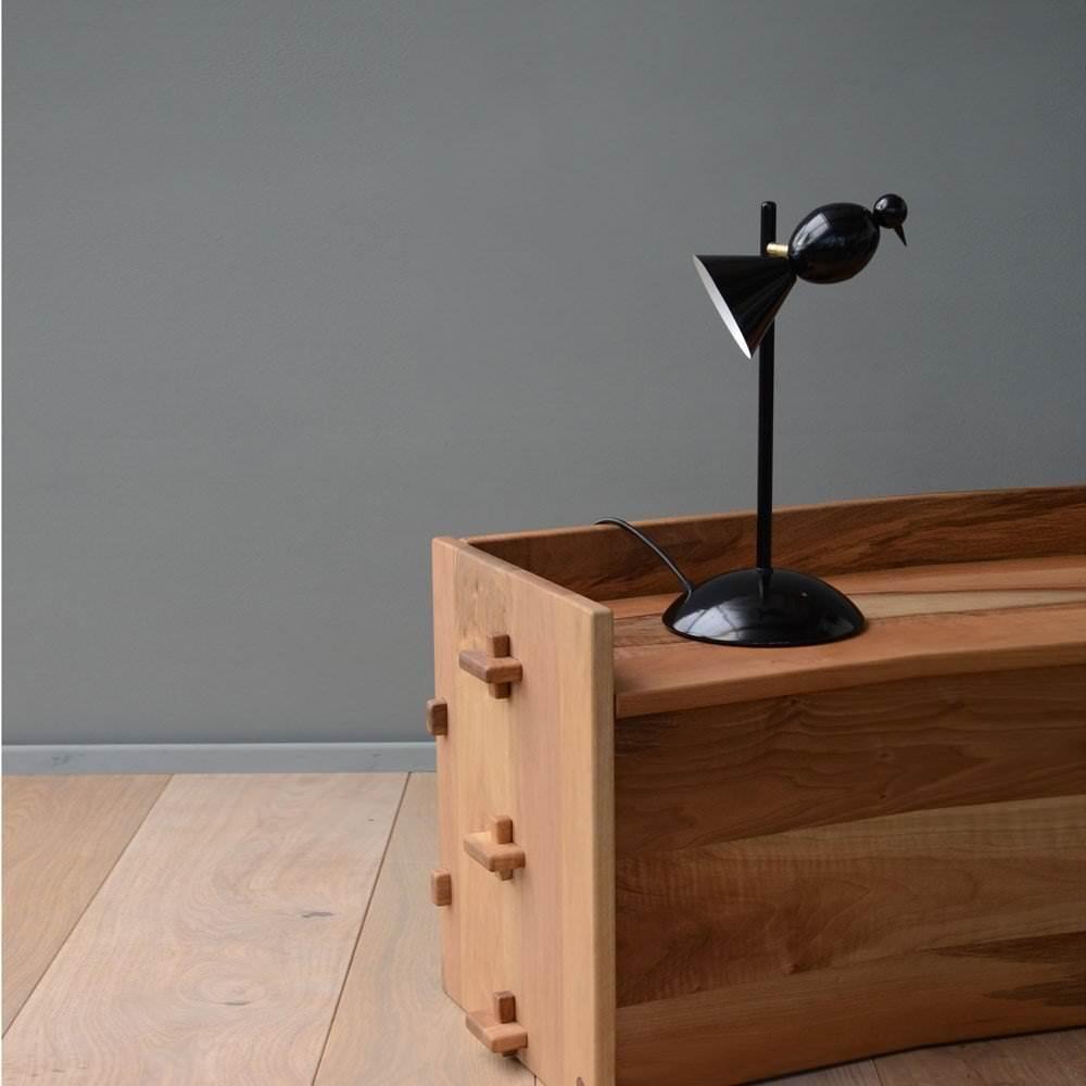 lampe pied droit alouette noir luminaire lampes de table et de bureau design from paris. Black Bedroom Furniture Sets. Home Design Ideas