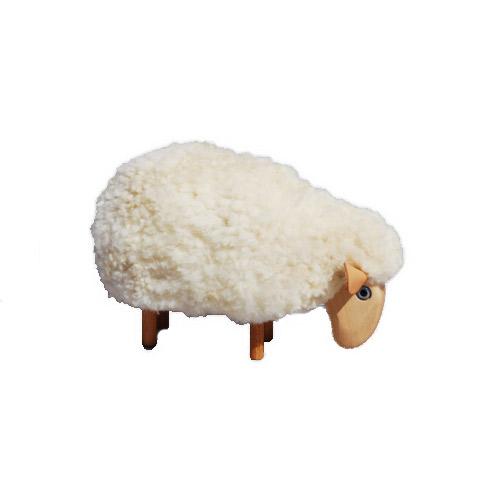 Petit mouton d co qui broute fourrure blanche d co for Solde maison du monde