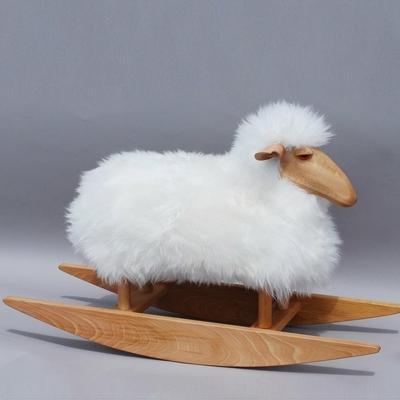2718-karl-le-mouton-a-bascule