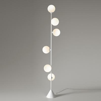 Atelier-areti-lampadaire-vertical-globe-blanc-design-from-paris