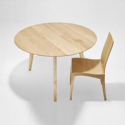 Table-a-manger-Sixay-FINN-ronde-en-bois-chene