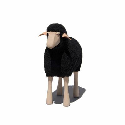 agneau-repose-pied-deco-Hanns-Peter-Krafft