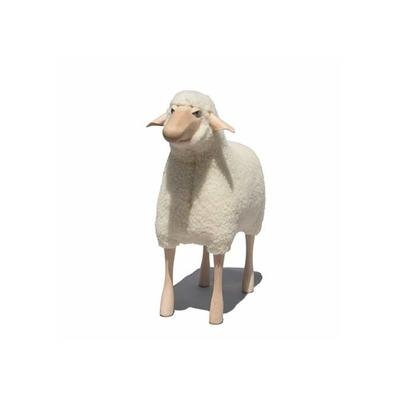 Grand-mouton-blanc-tabouret-peau-de-mouton-design-Hanns-Peter-Krafft