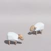 Mouton miniature design blanc en bois