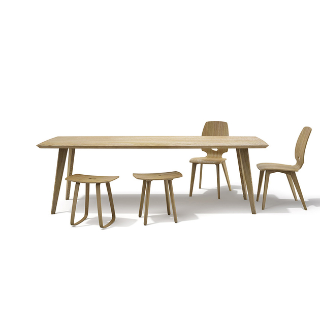 Chaise de salle manger design en bois finn mobilier for Conforama table salle manger design