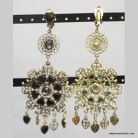 BOUCLES A CLIP LONGUE METAL A STRASS