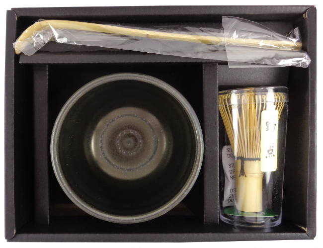 Coffret Préparation thé vert matcha japonais premium noir