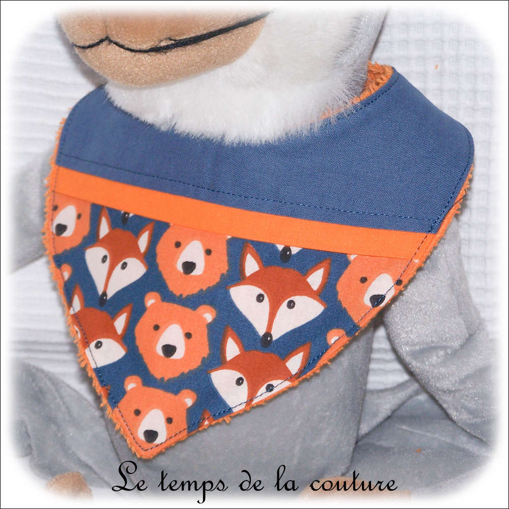 Bavoir bandana pour bébé, ours et renard tons orange et bleu