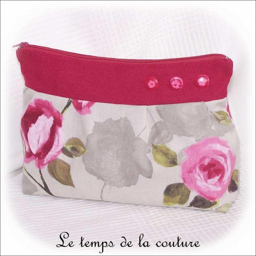 Pochette trousse à soufflet zippée motif fleur de pivoine tons gris, rose et vert