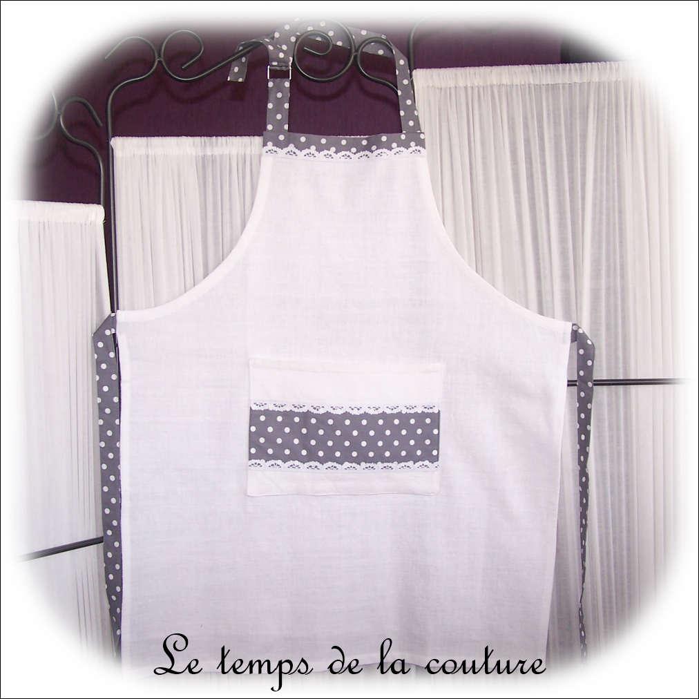 Tablier de cuisine femme tons blanc et gris
