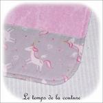 Enfant - bavoir double - rose pale et imp licorne grise02 - GFC