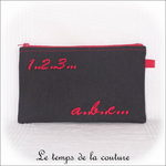 Pochette - droite - zippé - noir rouge br 123 abc01 - GFC