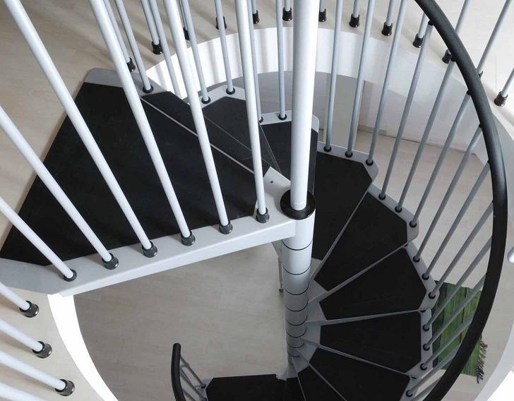 Escalier hélicoïdal en acier gris et noir Arkè Civik Ø 140 cm