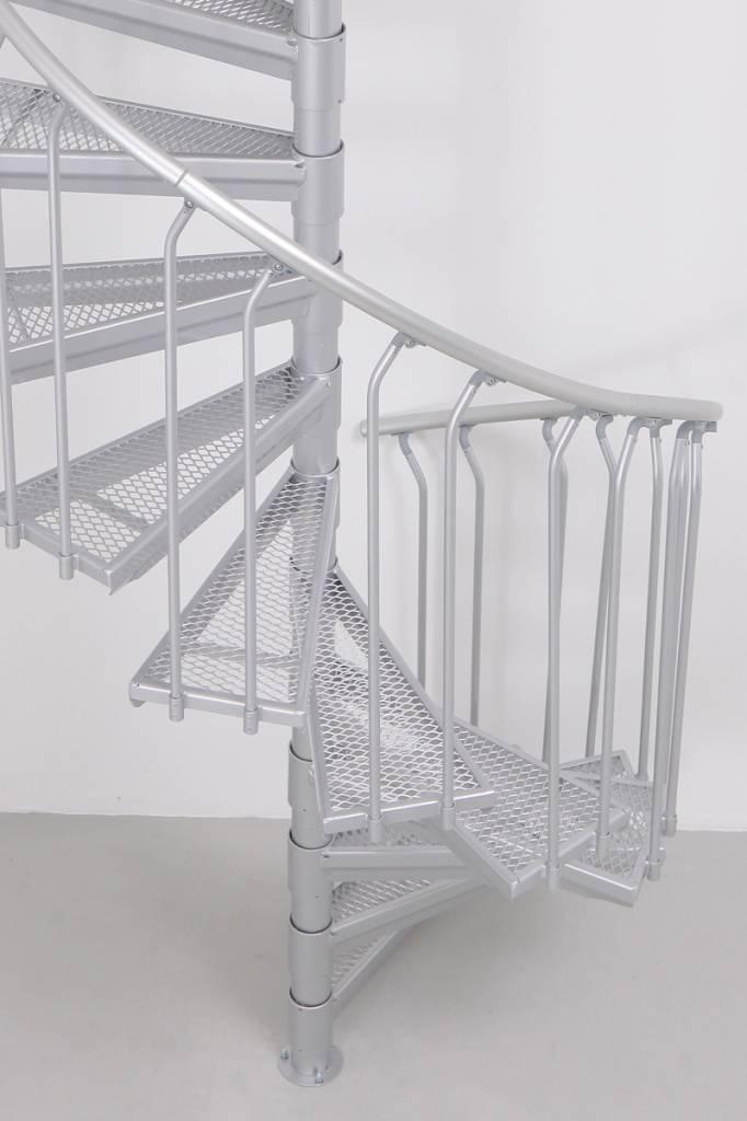 Escalier colima on d 39 ext rieur acier galvanis treppen for Escalier colimacon exterieur