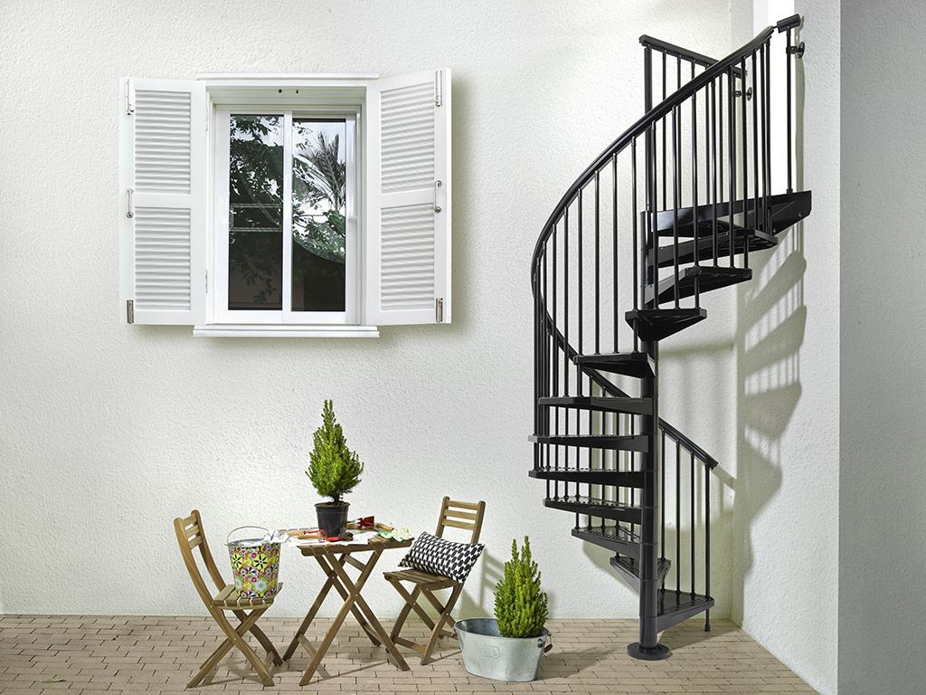 escalier d 39 ext rieur colima on acier noir fontanot sky 120 cm. Black Bedroom Furniture Sets. Home Design Ideas