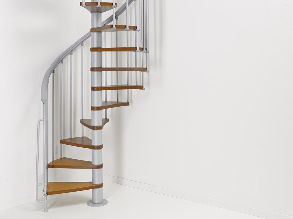 Barriere Escalier En Colimaçon escalier en colimaçon en acier et hêtre fontanot ago Ø 110 cm