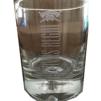 Lot de 4 verres de Whisky ( chivas regal 12 ans )