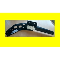 support mercedes A 961 520 02 45 neuf ( code JL )