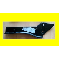 support mercedes A 961 660 24 14 neuf ( code JL )