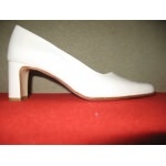 chaussures femme mariage. suede perlato ivoire