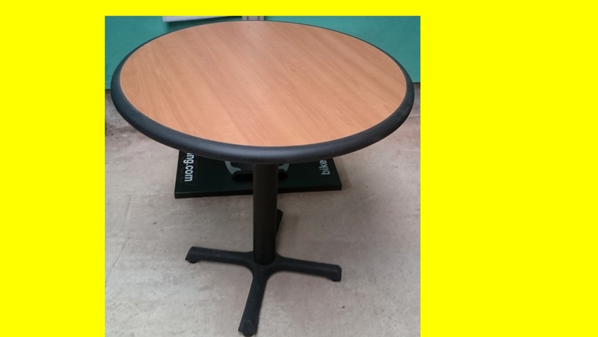 Table ronde plateau bois et bord pvc protection dimensions - Dimension table ronde ...