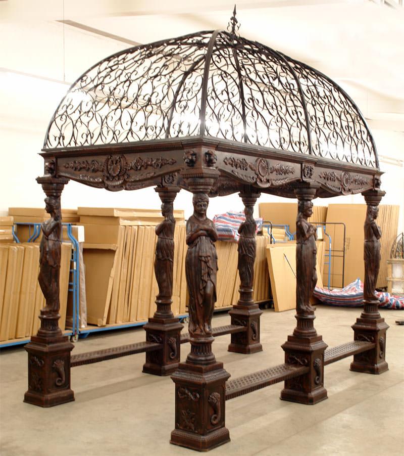 Gloriette n oclassique en fonte et fer forg mobilier et for Objet deco jardin fonte