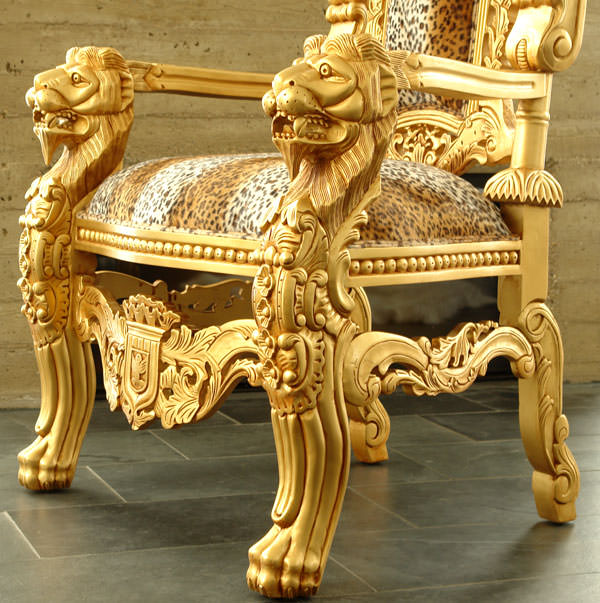 Tr ne royal dor 180 cm velours imitation fourrure de for Les lions du meuble