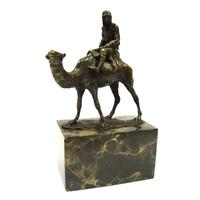 Statue en bronze bédouin sur un chameau 21 cm