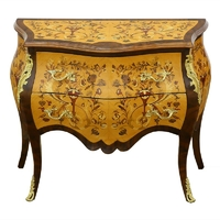 Commode galbée style Louis XV en marqeterie noyer Rochefort
