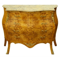Commode galbée style Louis XV en loupe d'orme Grilly