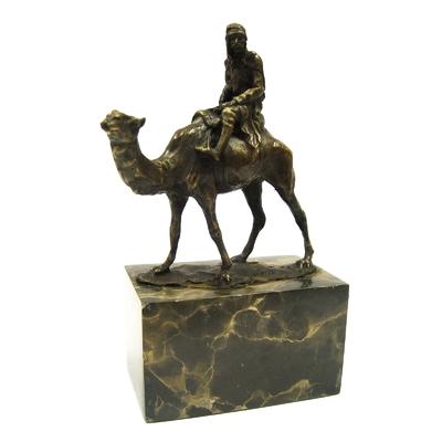 Statue-bronze-chameau