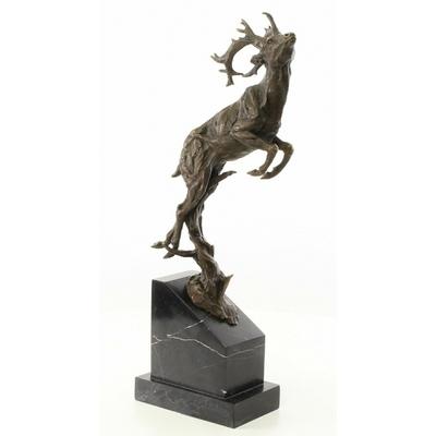 Statue-bronze-cerf