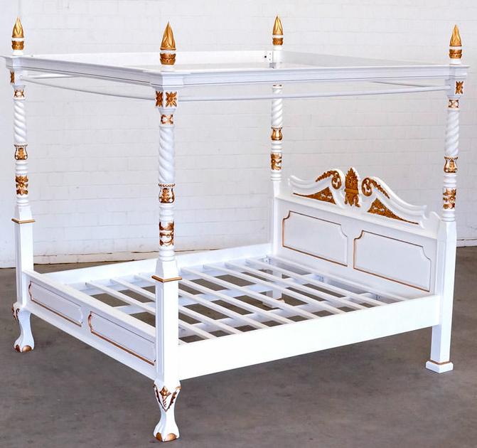 lit baldaquin en acajou massif blanc dor preston. Black Bedroom Furniture Sets. Home Design Ideas