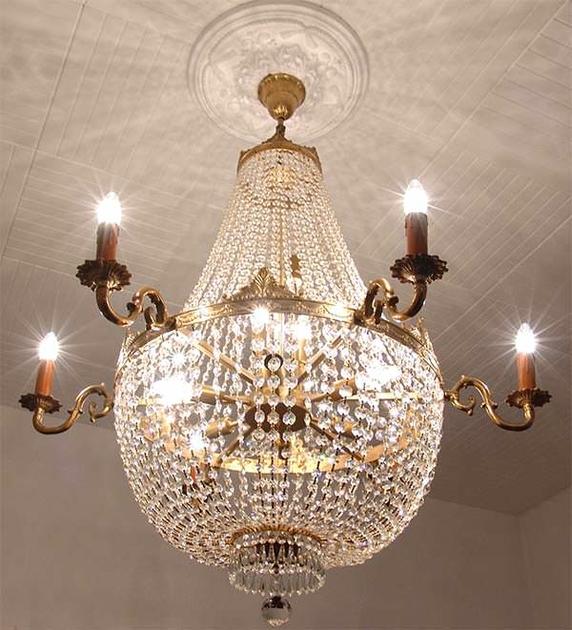 lustre montgolfi re style empire en cristal 16 feux sully. Black Bedroom Furniture Sets. Home Design Ideas