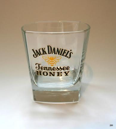verre jack daniels jenessee honey verre whisky verre jack daniels leszitounes. Black Bedroom Furniture Sets. Home Design Ideas