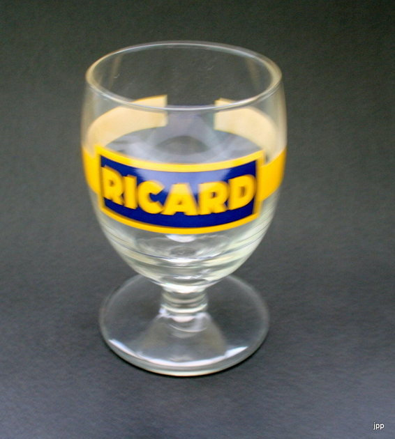 verre ricard vintage 1963 verre ap ritif verre ricard leszitounes. Black Bedroom Furniture Sets. Home Design Ideas