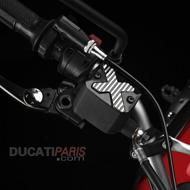 piece-moto-ducati-couvercle-reservoir-liquide-frein-scrambler-800-96180301a-bf