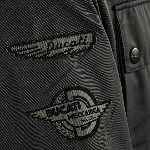 3  Ducati_Paris_98769330_droit
