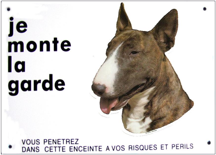 bull terrier pancarte chien 26 cm x 19 cm je monte la garde signal tique pancartes 39 je. Black Bedroom Furniture Sets. Home Design Ideas