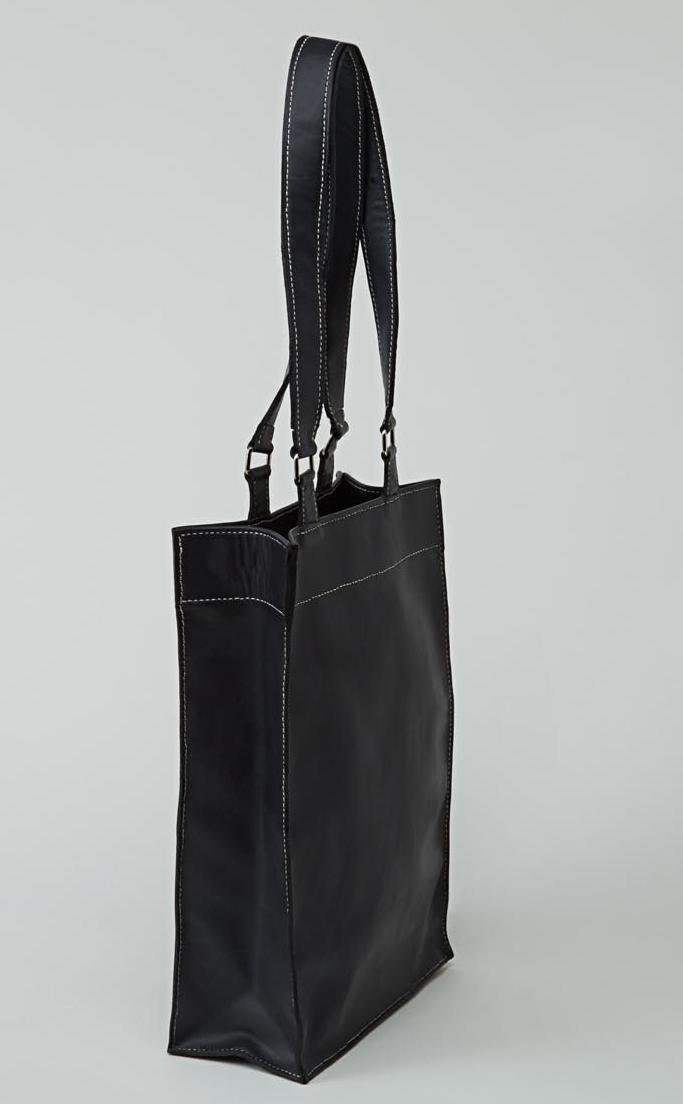 KAMET sac shopping en cuir de veau bleu marine  porté main ou épaule