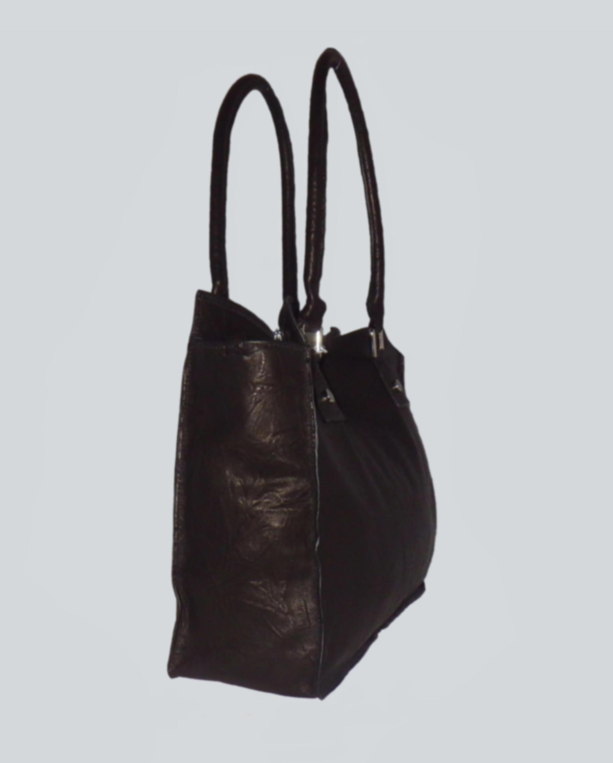 MELUNGTSE sac en cuir d\'agneau foulonné noir carbonne porté main ou épaule