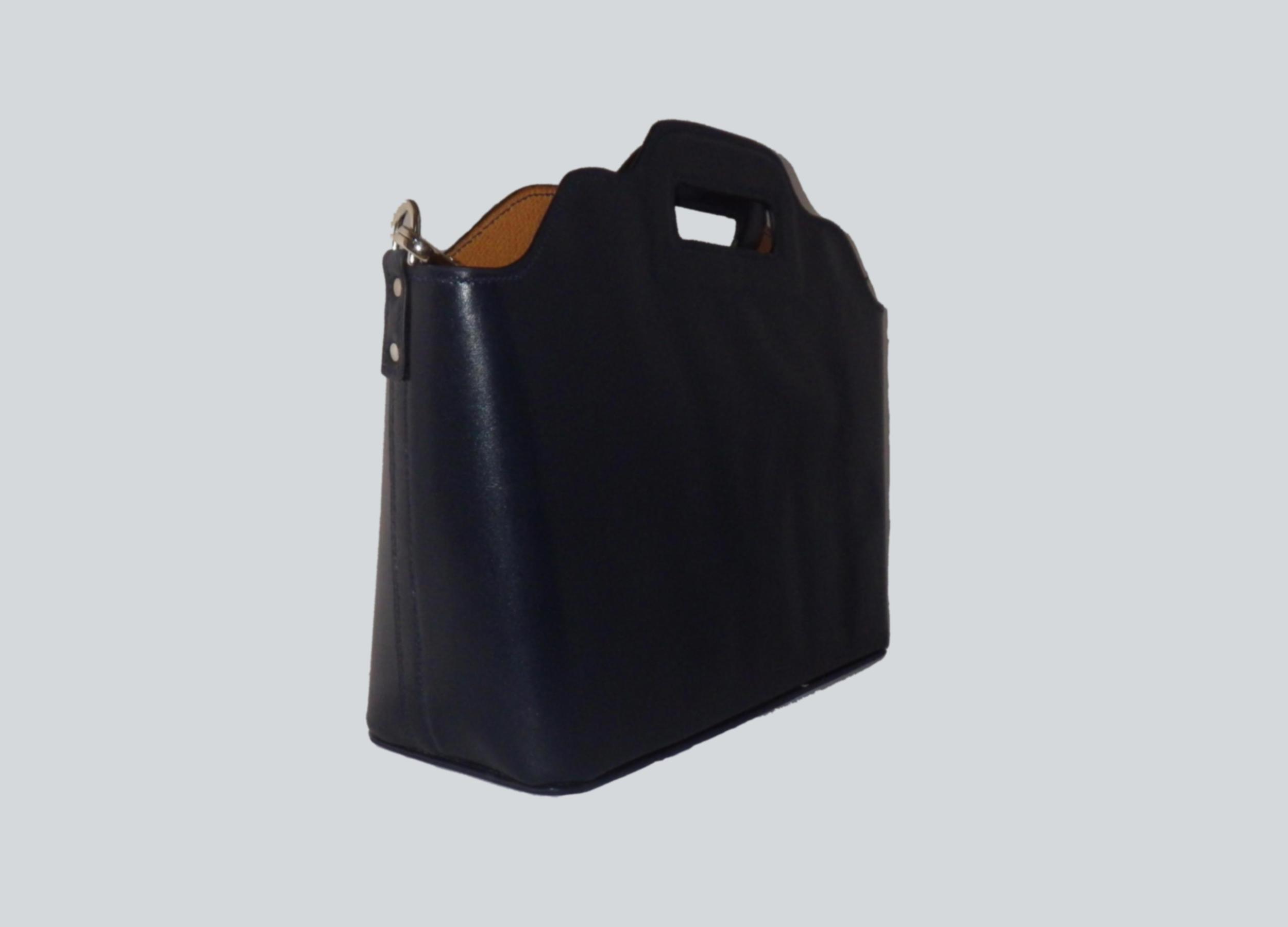 LHOTSE sac 2 en 1 en cuir de veau bleu porté main ou croisé