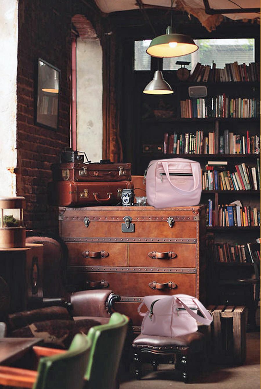 ODISHA sac en cuir de veau rose , porté main ou croisé